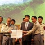 หัวหน้าพื้นที่อนุรักษ์ 293 แห่งทั่วประเทศ รับมอบเครื่องมือจัดการพื้นที่อนุรักษ์ ฯ เพื่อป่าอยู่ได้ คนอยู่ได้ สัตว์ป่าอยู่ได้