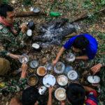 'เสบียงอาหาร' ปัจจัยที่ขาดไม่ได้ในงานตระเวนไพรของ 'ผู้พิทักษ์ป่า'