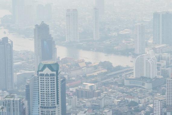 กรณีศึกษา PM2.5 ปัญหาที่รัฐไม่ควรซุกไว้อยู่ใต้พรม ในวันที่ไวรัสระบาดหนัก