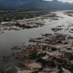 วิกฤต 'แม่น้ำโขง' ผันผวน กับปัญหาสิ่งแวดล้อมที่ถูกซ่อนอยู่ท้ายเขื่อน